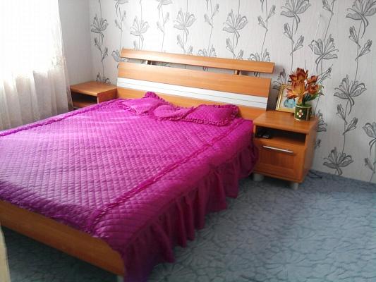 Дом  посуточно в Феодосии. ул. Октябрьская, 15. Фото 1