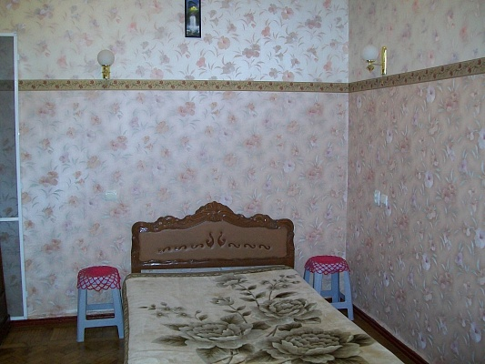 2-комнатная квартира посуточно в Одессе. Приморский район, ул. Троицкая, 20. Фото 1
