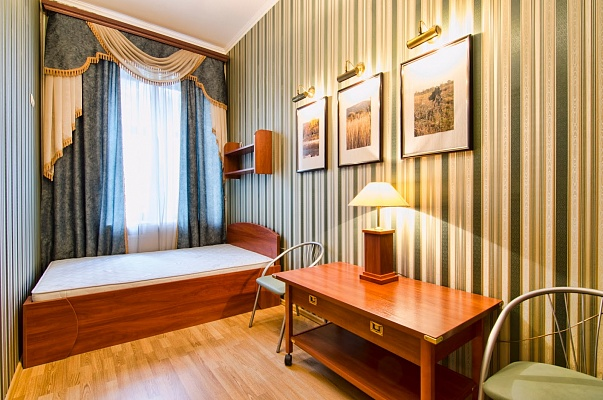 1-комнатная квартира посуточно в Львове. Галицкий район, пр-т Свободы, 31. Фото 1
