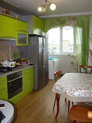 2-комнатная квартира посуточно в Южном (Крым). ул. Строителей, 13. Фото 1