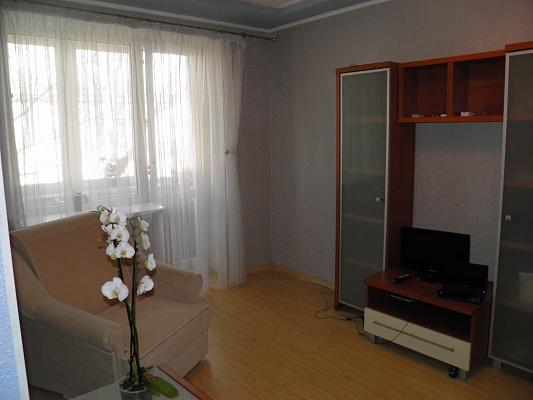 1-комнатная квартира посуточно в Одессе. ул. Довженко, 10. Фото 1