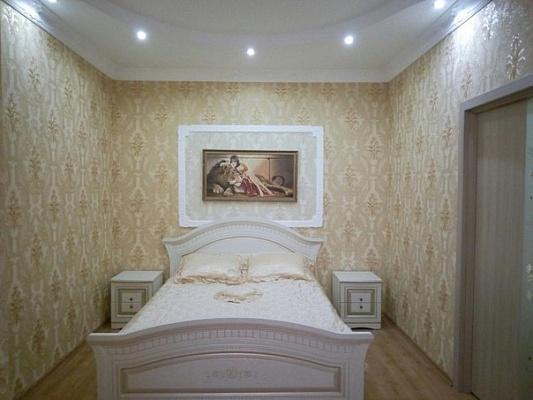 1-комнатная квартира посуточно в Одессе. Киевский район, ул. Жемчужная, 1. Фото 1
