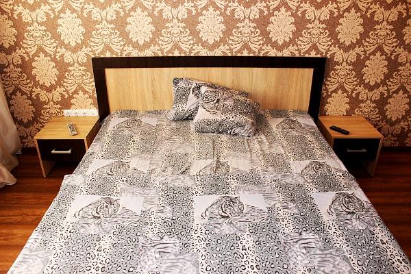 1-комнатная квартира посуточно в Ровно. ул. Гагарина, 22. Фото 1