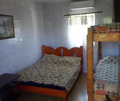 1-комнатная квартира посуточно в Крыжановке. ул. Морская, 3. Фото 1