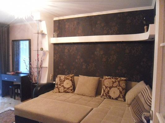 2-комнатная квартира посуточно в Симферополе. ул. Дмитрия Ульянова, 26. Фото 1