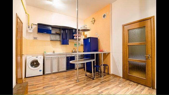 1-комнатная квартира посуточно в Львове. Галицкий район, ул. Ноябрьского Чина, 12. Фото 1