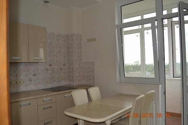 2-комнатная квартира посуточно в Одессе. Одесса, Фонтанская дорога,, 4в. Фото 1