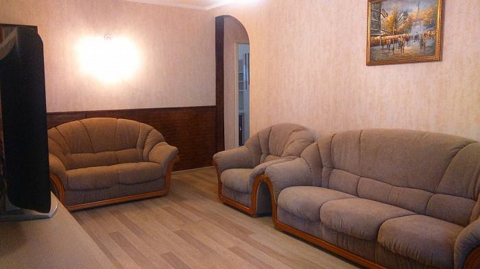 3-комнатная квартира посуточно в Одессе. ул. Новосельского, 9. Фото 1