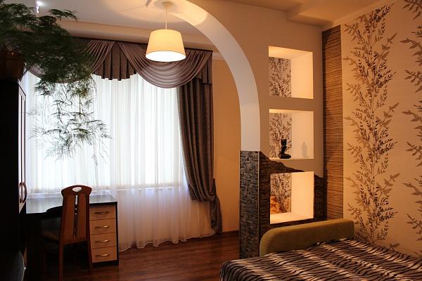 2-комнатная квартира посуточно в Одессе. Приморский район, ул. Пантелеймоновская, 88. Фото 1