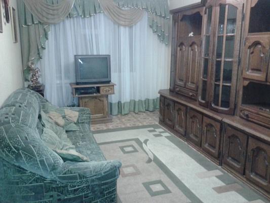 3-комнатная квартира посуточно в Каменце-Подольском. ул. Гунская, 11. Фото 1