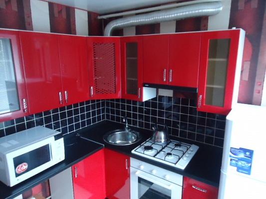 1-комнатная квартира посуточно в Сумах. ул. Герасима Кондратьева, 122. Фото 1