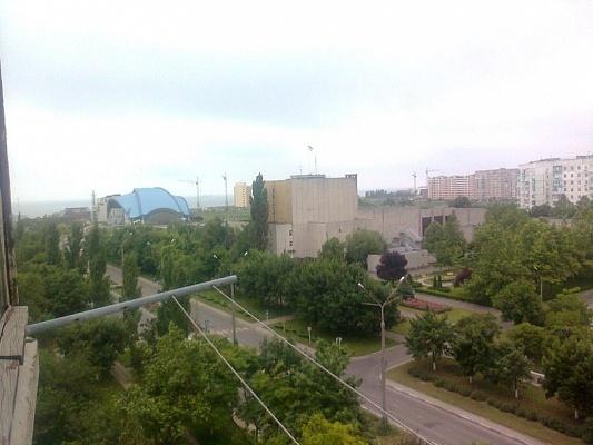1-комнатная квартира посуточно в Южном. пр-т Григорьевского Десанта, 26. Фото 1