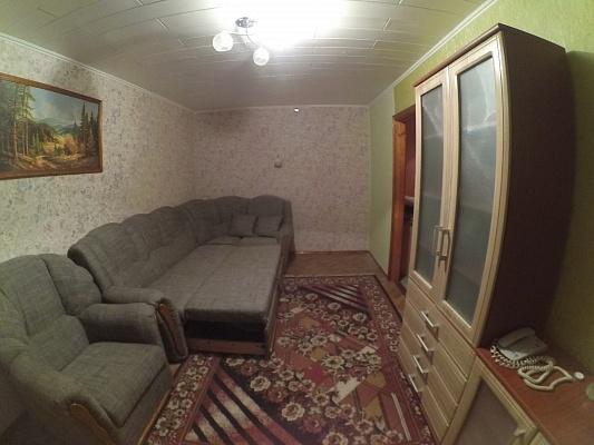 1-комнатная квартира посуточно в Каменце-Подольском. ул. Князей Кориатовичей, 5. Фото 1