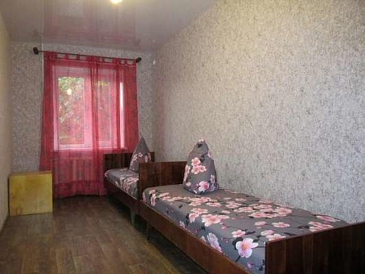 2-комнатная квартира посуточно в Бердянске. ул. Лиепайская, 14. Фото 1