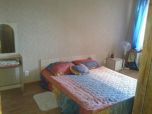 2-комнатная квартира посуточно в Виннице. Старогородский район, пр-т Коцюбинского, 78. Фото 1