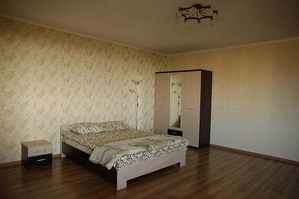 1-комнатная квартира посуточно в Киеве. Голосеевский район, ул. Ломоносова, 71г. Фото 1