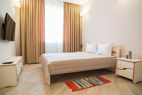 1-комнатная квартира посуточно в Одессе. Малиновский район, ул. Маршала Малиновского, 18а. Фото 1