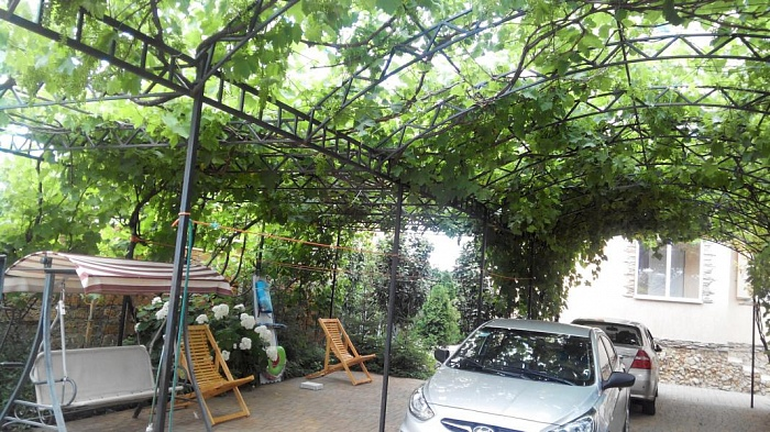 Мини-отель  посуточно в Каролино-Бугазе. пер. Жемчужный, 3. Фото 1