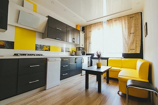1-комнатная квартира посуточно в Сумах. пр-т Михаила Лушпы, 5. Фото 1