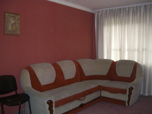 1-комнатная квартира посуточно в Симферополе. Киевский район, пр-т Кирова, 68. Фото 1