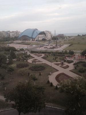 1-комнатная квартира посуточно в Южном (Крым). Ленина , 9. Фото 1