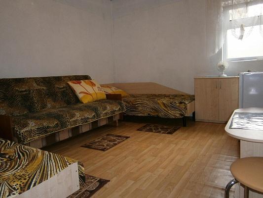 Мини-отель  посуточно в Каролино-Бугазе. ул. Строителей, 14. Фото 1