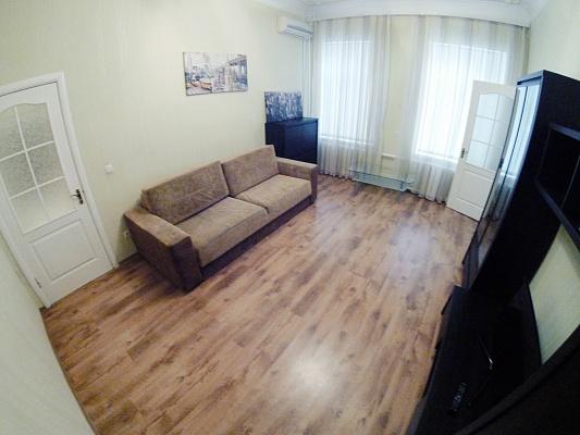 2-комнатная квартира посуточно в Одессе. ул. Спиридоновская, 11. Фото 1