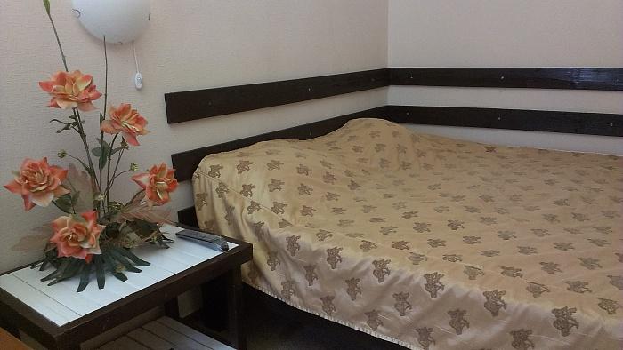 2-комнатная квартира посуточно в Одессе. Приморский район, ул. Тираспольская, 4. Фото 1