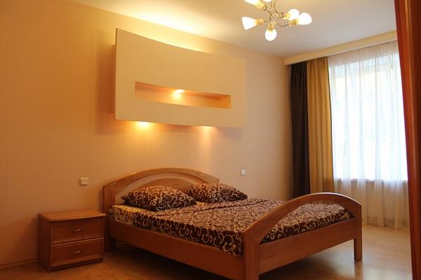 2-комнатная квартира посуточно в Одессе. Приморский район, ул. Гаванная, 7. Фото 1