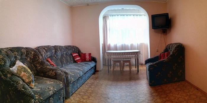 2-комнатная квартира посуточно в Сергеевке. Черноморская, 17. Фото 1
