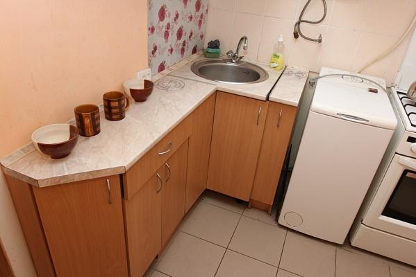 3-комнатная квартира посуточно в Виннице. Ленинский район, ул. Монастырская (Володарского), 35. Фото 1