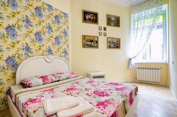 2-комнатная квартира посуточно в Львове. Галицкий район, ул. Пантелеймона Кулиша, 31. Фото 1