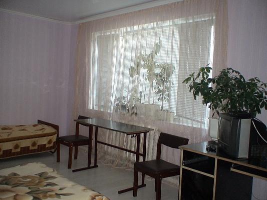 Дом  посуточно в Каролино-Бугазе. ул. Черноморская, 3. Фото 1