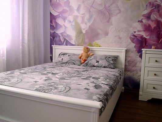 3-комнатная квартира посуточно в Одессе. Киевский район, 16-я линия Люстдорфской Дороги/ул. Левитана, 13. Фото 1
