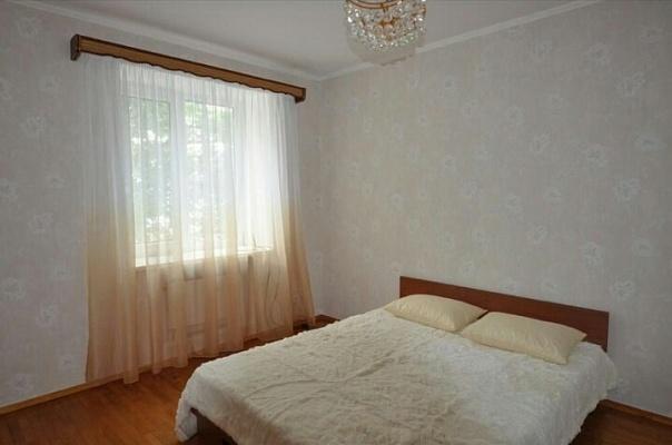 2-комнатная квартира посуточно в Одессе. ул. Посмитного, 19а. Фото 1