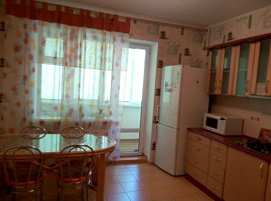 2-комнатная квартира посуточно в Одессе. Приморский район, ул. Композитора Нищинского, 22. Фото 1