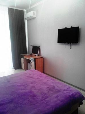 2-комнатная квартира посуточно в Одессе. Гагаринское плато, 5Б. Фото 1