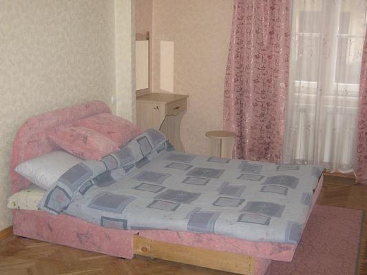 2-комнатная квартира посуточно в Львове. Галицкий район, ул. Томашевского, 6. Фото 1