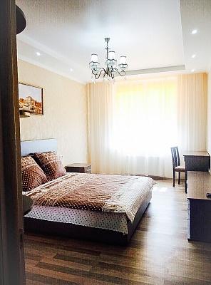 2-комнатная квартира посуточно в Одессе. Приморский район, ул. Генуэзская, 24-Д. Фото 1