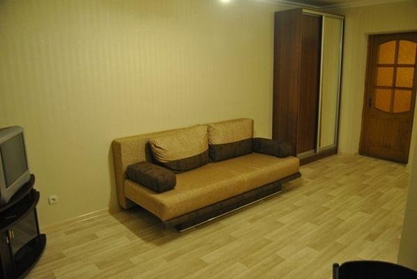 2-комнатная квартира посуточно в Одессе. Приморский район, ул. Черняховского, 24. Фото 1