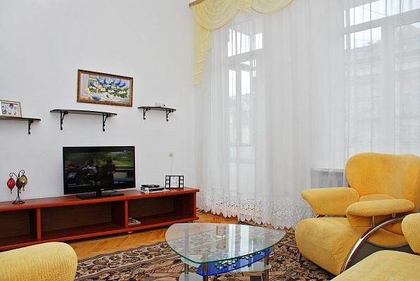 3-комнатная квартира посуточно в Киеве. Шевченковский район, ул. Пушкинская, 31в. Фото 1