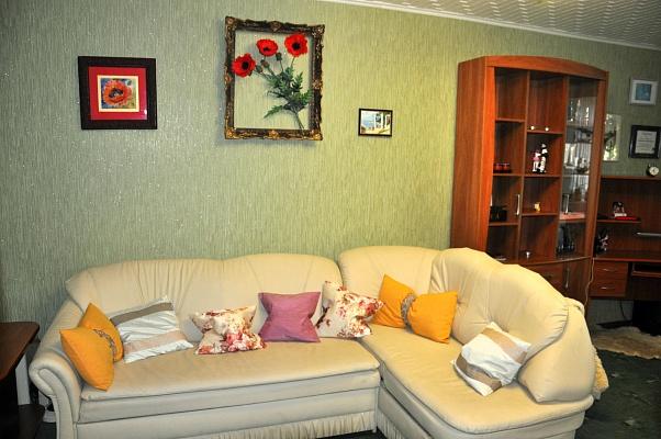 1-комнатная квартира посуточно в Одессе. Малиновский район, ул. Генерала Петрова, 37\43. Фото 1
