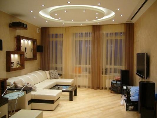 2-комнатная квартира посуточно в Чернигове. ул. Ивана Мазепы, 2а. Фото 1