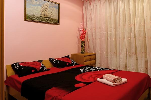 2-комнатная квартира посуточно в Одессе. Приморский район, ул. Базарная, 37. Фото 1