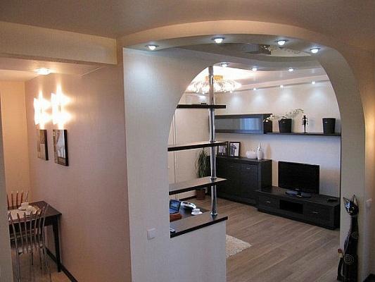2-комнатная квартира посуточно в Бердянске. ул. Лютеранская, 22. Фото 1