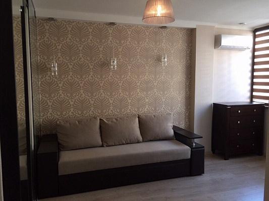 1-комнатная квартира посуточно в Одессе. ул. Маршала Говорова, 10. Фото 1