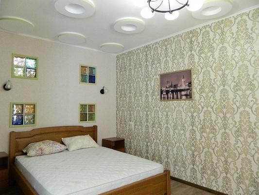 1-комнатная квартира посуточно в Одессе. Приморский район, ул. Маршала Говорова, 10г. Фото 1