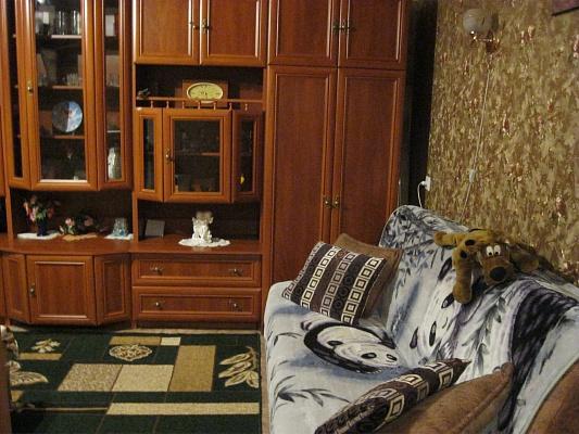 2-комнатная квартира посуточно в Шостке. ул. Мира, 12. Фото 1