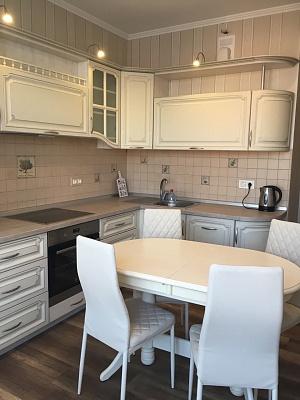2-комнатная квартира посуточно в Одессе. Приморский район, ул. Генуэзская, 24В. Фото 1