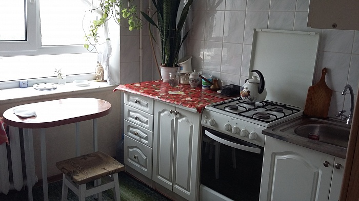 2-комнатная квартира посуточно в Украинке. пр-т Днепровский, 18. Фото 1